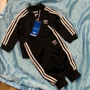 Adidas infant superstar tracksuit gift set